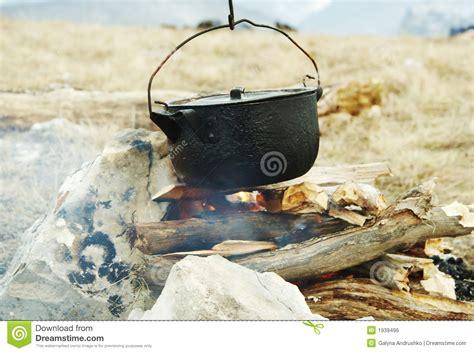 feu de cuisine vaisselle de cuisine de feu de c photo stock image du