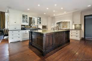 two color kitchen cabinet ideas pictures of kitchens traditional two tone kitchen cabinets page 4
