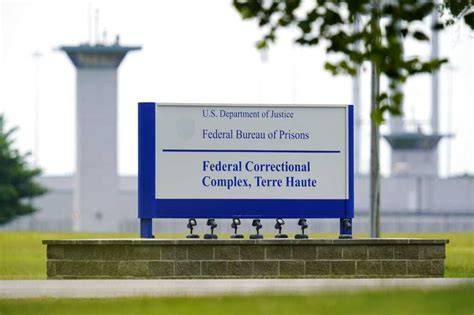 Ground News - Judge halts federal execution after lawyers ...