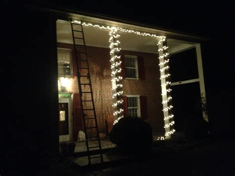 how to wrap christmas lights how to fix christmas lights to house christmas lights