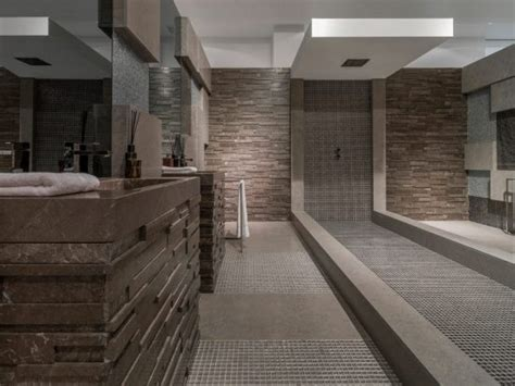 High End Floor and Wall Tile Options for Your Kitchen and