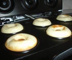 Donuts Rezept Für Donutmaker : donutmaker leckere mini donuts backen geschmacksfabrik ~ Watch28wear.com Haus und Dekorationen
