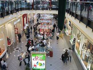 Malls Near Me Now
