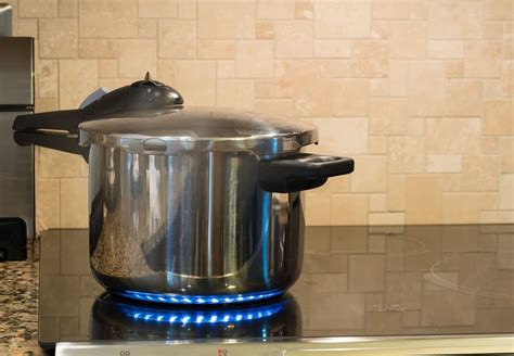 pressure cooker stainless steel dangerous cookers safe hob convert pot recipe instant slow know should nonstick vs stove save heat