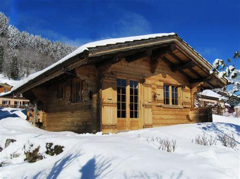 chalet en bois jura magnifique petit chalet individuel appartement tout confort tr 232 s calme franche comt 233