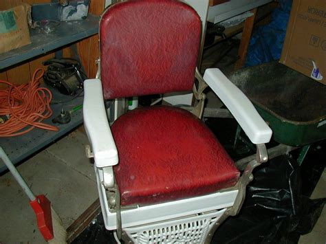 Koken Barber Chair Models by 1920 S 1930 S Koken Barber Chair Collectors Weekly