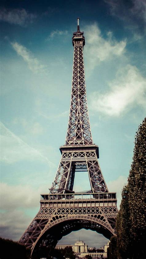 Black Wallpaper Iphone Eiffel Tower by Eiffel Tower Tap To See More City Landscape Iphone