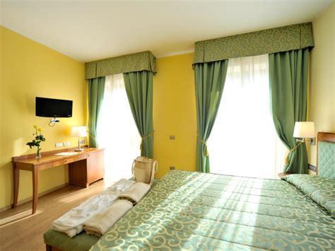 hotel avec bain a remous dans la chambre hotel avec bain a remous dans la chambre awesome superior