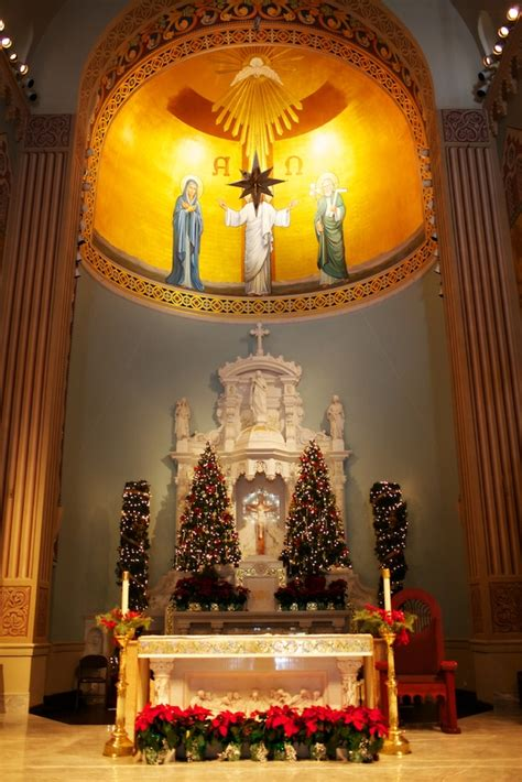 roman catholic church christmas decorations church decorations church decorations beautiful church and epiphany