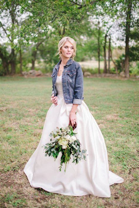 20 Best Country Chic Wedding Dresses Rustic & Western