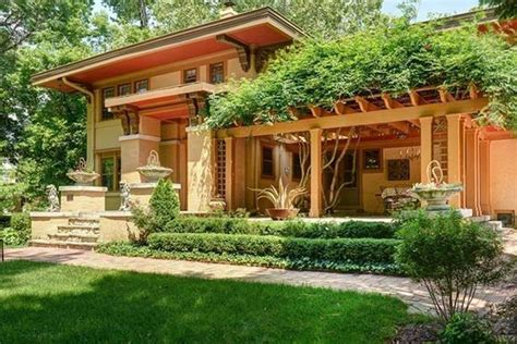 the 5 most majestic lawns in kansas city mo lawnstarter