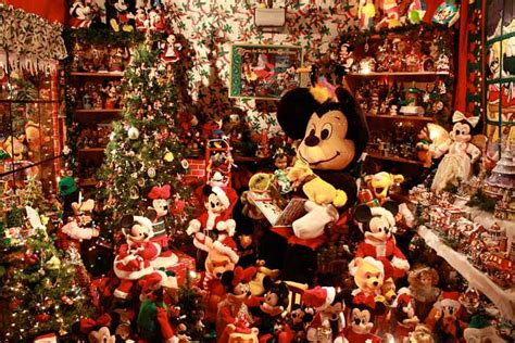 marinwood mickey mouse christmas house kid