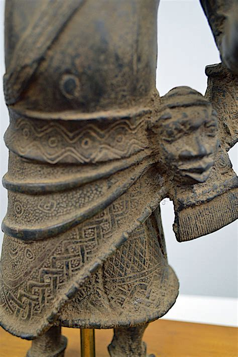 benin bronze guard exquisite african art