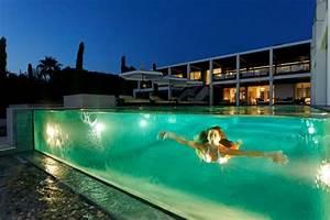 la piscine a debordement belles piscines de luxe With maison design avec piscine 19 le lit voiture pour la chambre de votre enfant