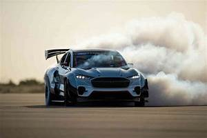Ford reveals electric 1,400 horsepower Mustang Mach-E race car | Disrn