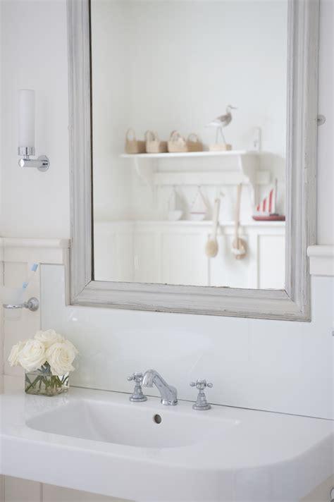 deep clean  bathroom   steps real simple