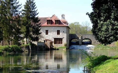 chambre d hotes moulins chambres et tables d 39 hôtes en bourgogne le moulin de fontaine
