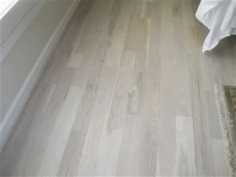 Pickled Oak Floor Finish by An Cottage Testing Floor Finishes