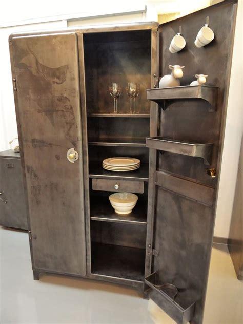 armoire de rangement cuisine 280 best inspiration recup images on armoires