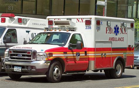 All Nyc Ambulance Workers To Carry Epipens