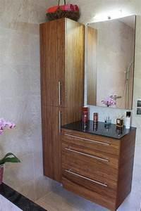Coiffeuse Salle De Bain : du verre et du bois pour une salle de bain design ~ Teatrodelosmanantiales.com Idées de Décoration