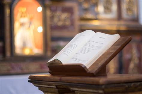 pulpit bible sacred structures  jim baker sacred