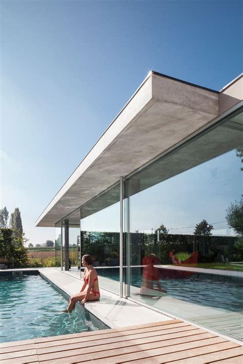 lieven dejaeghere designs  glass  concrete pool house