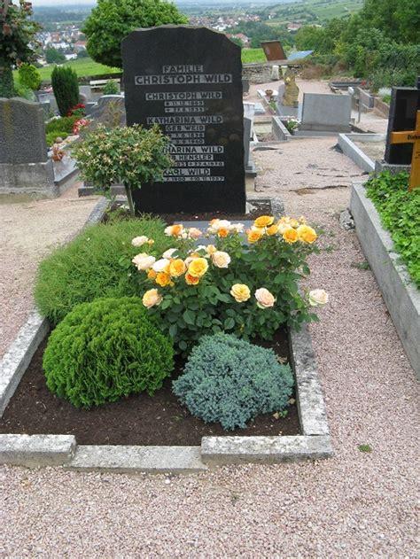 Theme Garden by Grabbepflanzung Grabpflege Bernhard Reichert