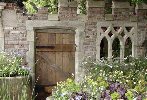 Antike Mauern Im Garten by Beton Gestaltung Im Garten Und Landschaftsbau Mit