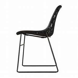 Chaise Plastique Noir : zach chaises de salle manger noir plastique habitat ~ Teatrodelosmanantiales.com Idées de Décoration