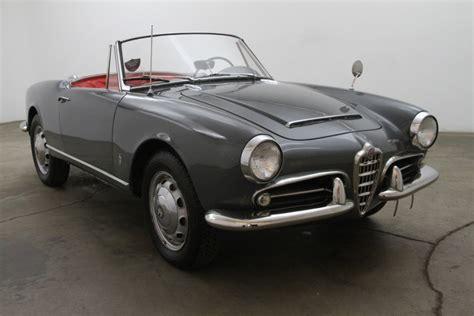 1964 Alfa Romeo Spider Photos, Informations, Articles