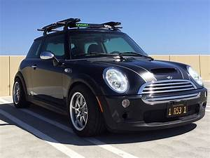 Mini Cooper R53 : fs 2006 mini cooper s 6 speed manual r53 north american motoring ~ Medecine-chirurgie-esthetiques.com Avis de Voitures