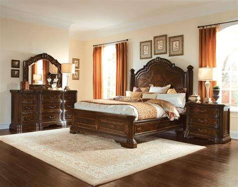valencia carved wood traditional bedroom furniture set