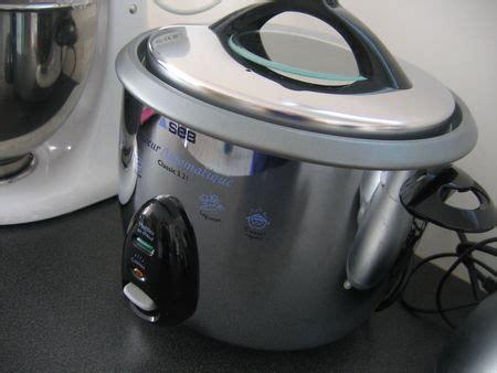 cuisiner avec un rice cooker riz safrané aux fruits de mer rice cooker chez requia
