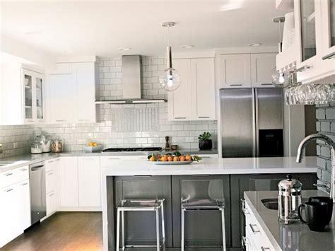 modern kitchen backsplash  white cabinets decorology