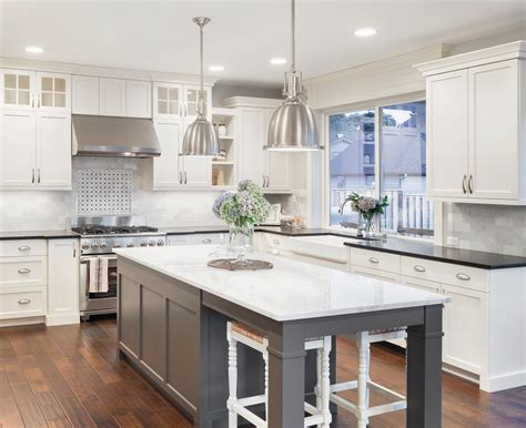 recouvrement armoire de cuisine shaker antique white cabinets lifedesign home