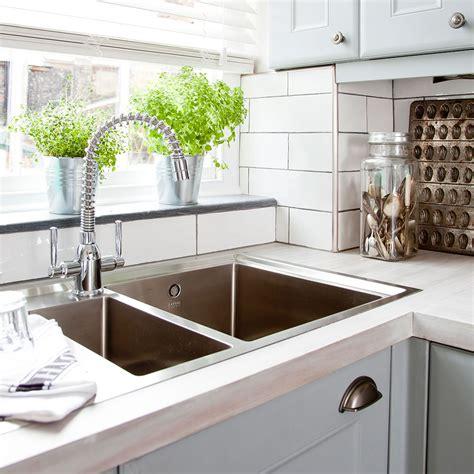 unblock  sink     plunger