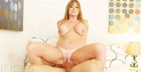 Nusty Redhead Milf Riding A Hard Penis In Gallery