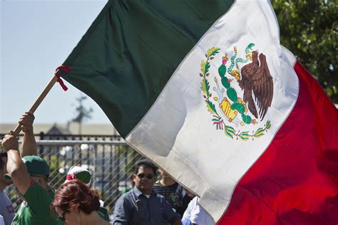 Mexico Independence Day: 7 Traditions To Commemorate ...