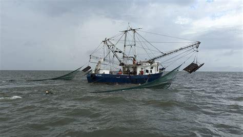 Shrimp Boat Hours by Mpb Mississippi Broadcasting
