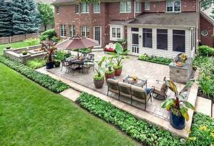 Prepare your yard for spring with these easy landscaping for Backyard landscaping designs