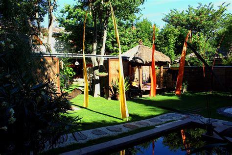 chambre hotes uzes location de chambres d 39 hôtes et gîte avec jardin dans le