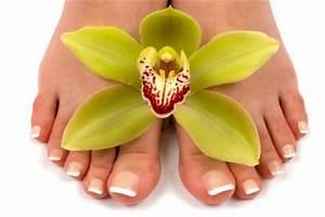 Как вылечить грибок ногтей и стоп на ногах в домашних условиях быстро