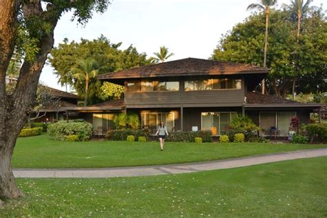royal lahaina resort garden cottage tower picture of royal lahaina resort tripadvisor
