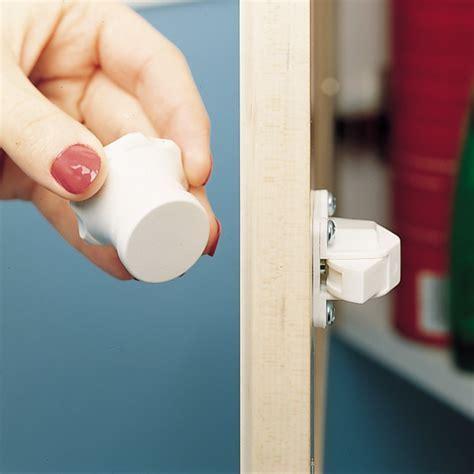 Rev A Shelf Rev A Lock Magnetic Lock Set RAL 101 1