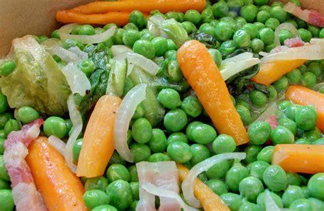 cuisiner petit pois carotte en boite on a toujours besoin d 39 un petit pois chez soi certes