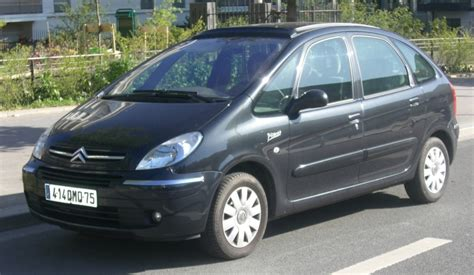 Citroen Xsara Picasso 20 2003  Auto Images And Specification