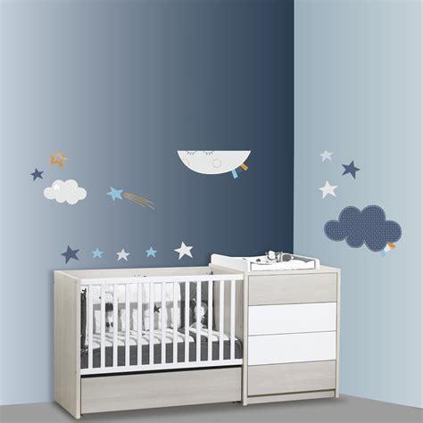 chambre bebe lune stickers chambre bébé lune merlin de sauthon baby deco