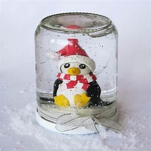 Boule De Neige Noel : une figurine et une boule neige de no l petit papa no l ~ Zukunftsfamilie.com Idées de Décoration