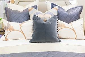 pillow arranging 101 With decorative pillows for king size bed